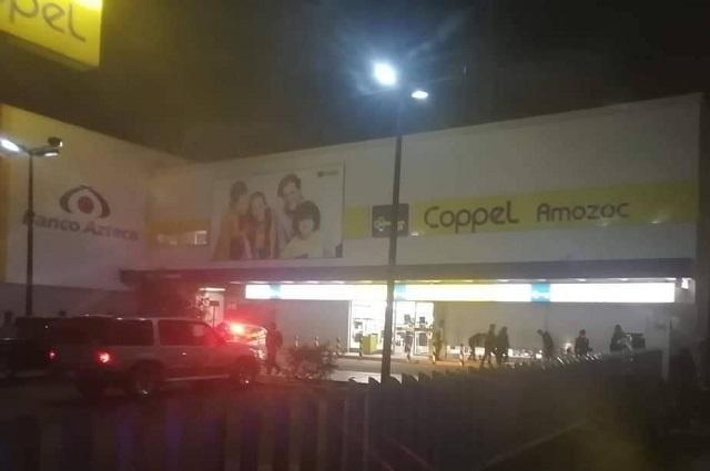 Comando asalta Coppel Amozoc y golpea a cliente