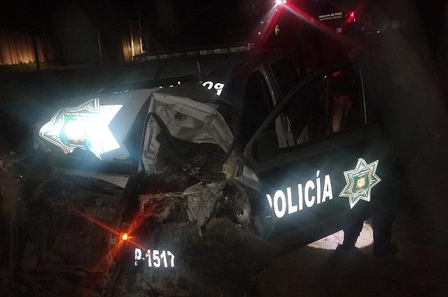 Policía de Texmelucan muere en accidente al trasladar a dos reos