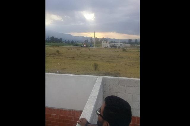 Camioneta es baleada en Tlanalapan; no hay detenidos