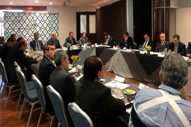 Empresarios piden a Pacheco más seguridad y elecciones equitativas
