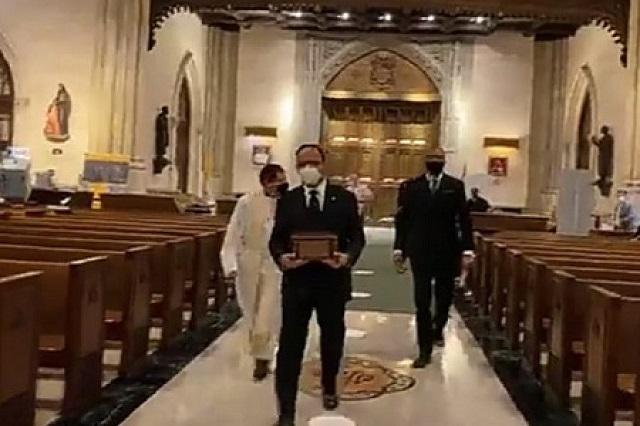 Despiden a mexicanos muertos en EU con misa en San Patricio