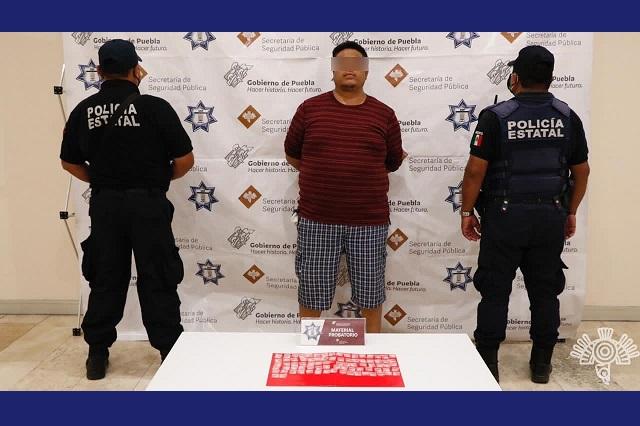 Detienen a 3 narcomenudistas en Puebla y Zapotitlán de Méndez