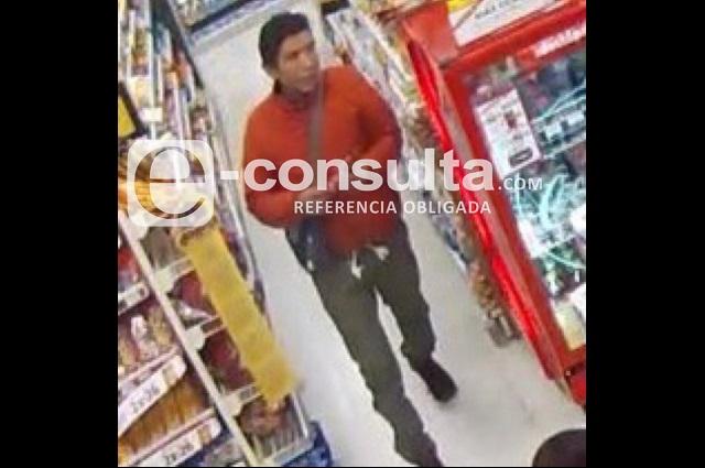 Cajera con embarazo sufre crisis en asalto a tienda en Puebla