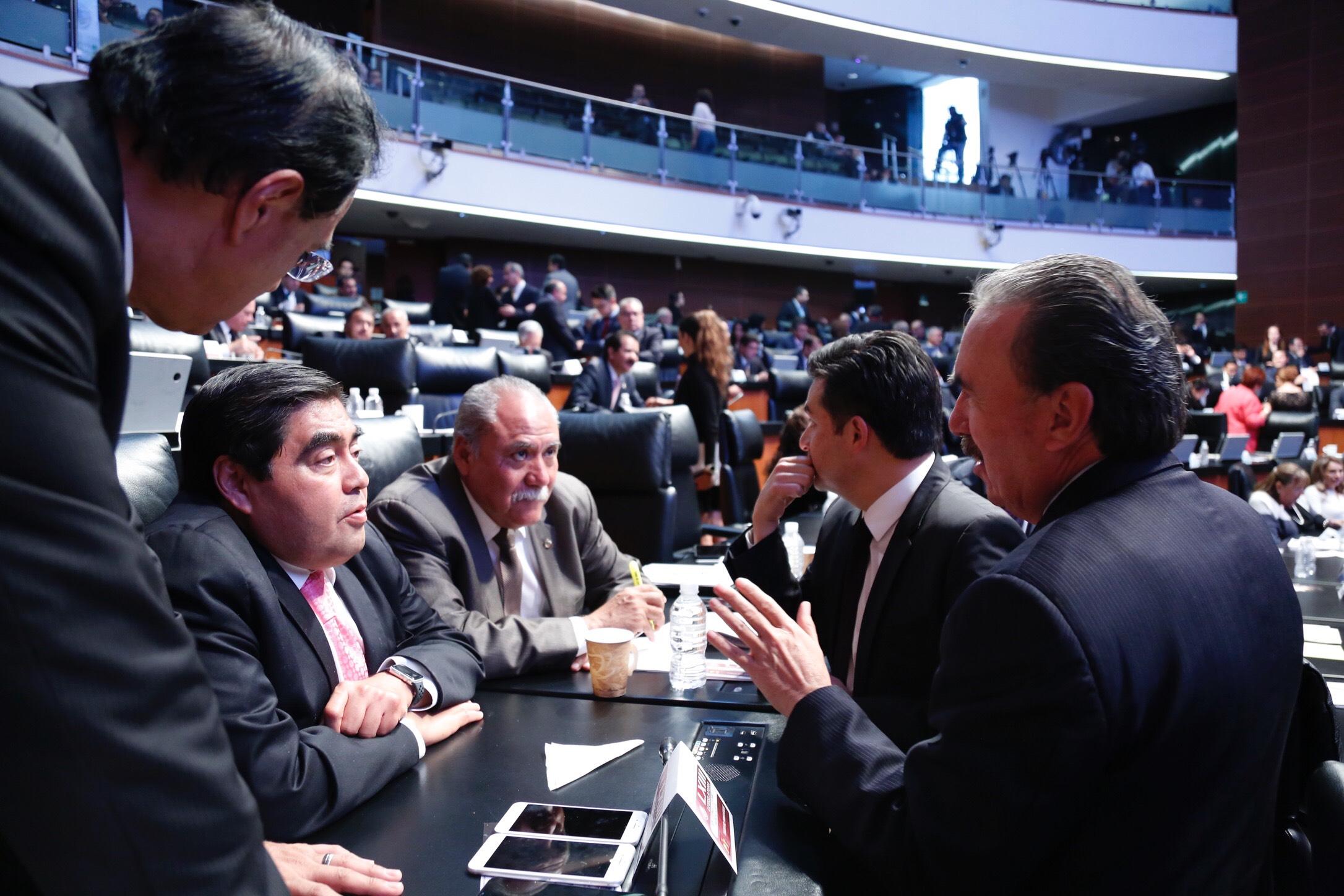 Cuestiona Barbosa papel de Lastiri en Puebla por reconstrucción