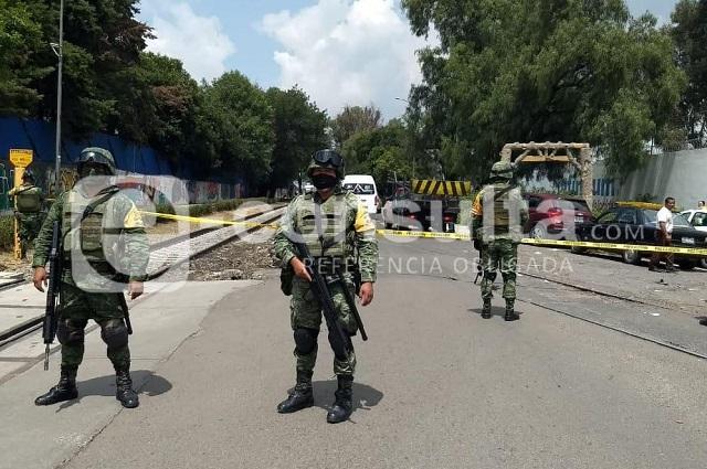 Chocan policías y comerciantes en fallido decomiso en La Cuchilla