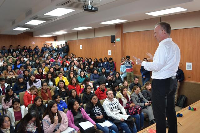 BUAP dota a sus estudiantes de habilidades y conocimientos para ser emprendedores