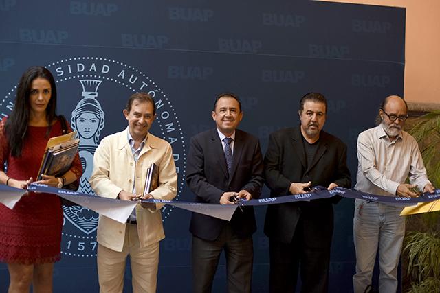 Talavera fragmentada: humanidad cuántica llega a Casa de los Muñecos