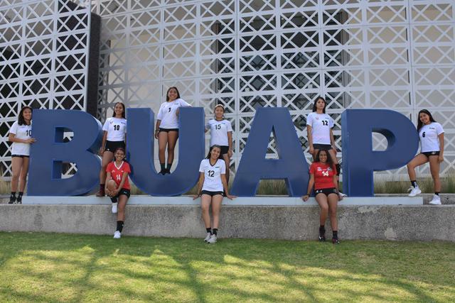 Voleibol de sala y de playa de la BUAP se prepara para la Universiada Nacional