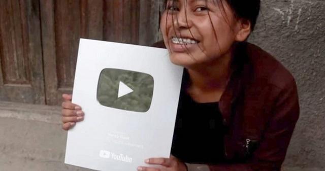 Youtuber Nancy Risol cumple un año en redes sociales