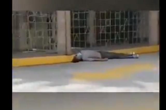 Abandonan y queman cuerpos en calles de Ecuador por temor al Covid-19