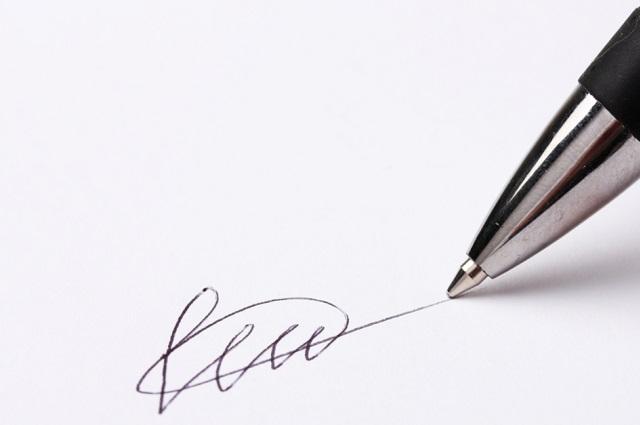 Falsifican su firma y notario avala la venta de su casa