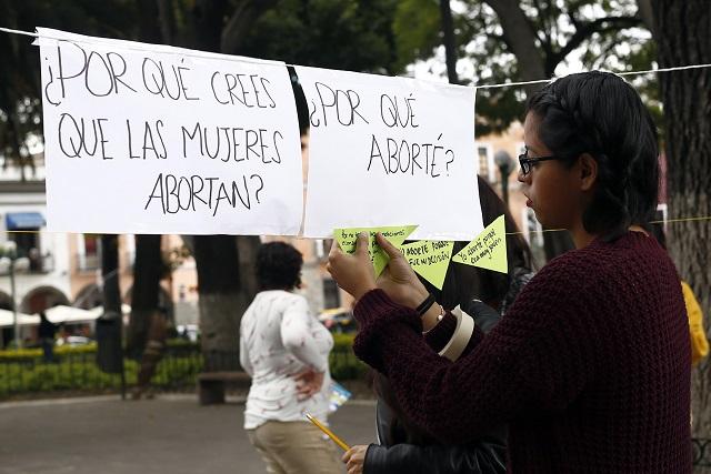 Van por aborto gratuito en hospitales públicos de Puebla