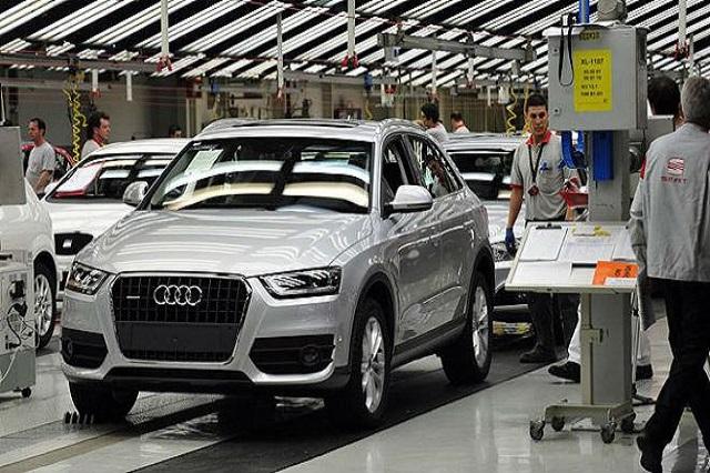 Ocupados por poblanos, 7 de cada 10 empleos de Audi: Oropeza