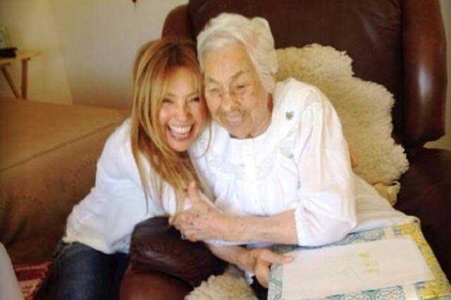 Abuela de Thalía festeja su cumpleaños número 99
