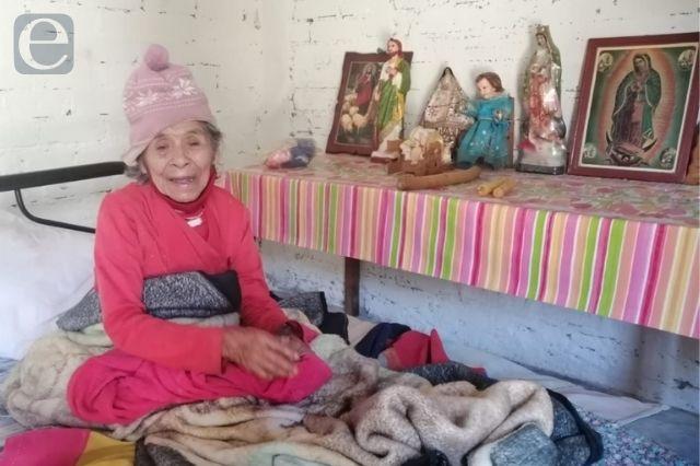 Adultos mayores de Acatlán, los más vulnerables por la pandemia