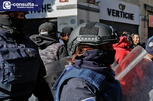Ahora exhiben abusos policiacos en Texmelucan y Teziutlán