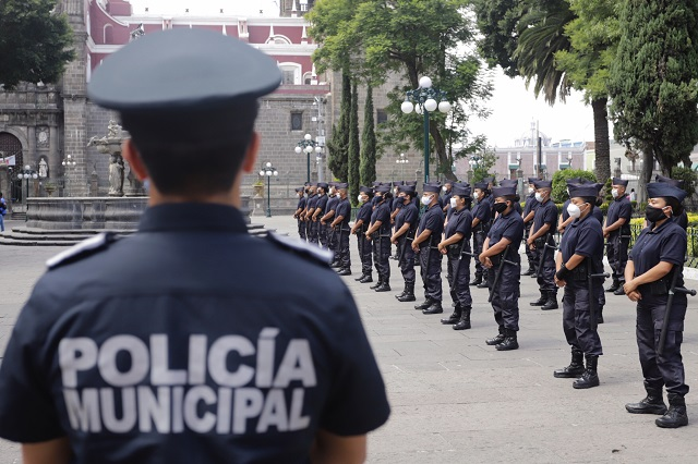 Cinco firmas buscan contrato de uniformes policiales de SSC