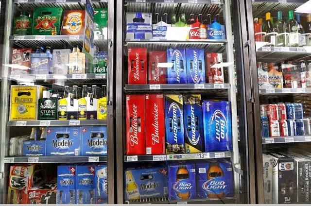 Ante escasez aumenta precio de la cerveza en Acatlán