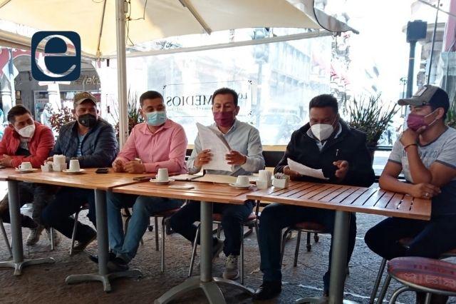Ambulantes de Acatzingo acusan al edil por no dejarlos trabajar
