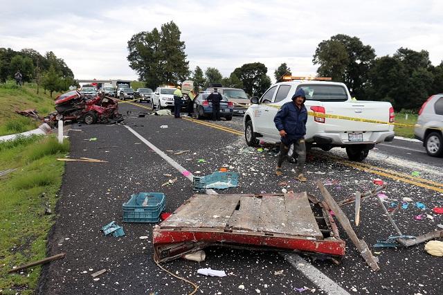 Choque de ADO con camioneta deja un muerto en la Amozoc-Perote