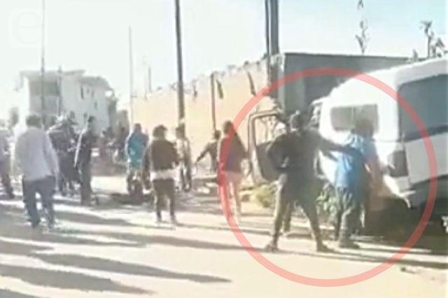 Atropellan a ciclista en Cholula, vecinos entregan a conductor