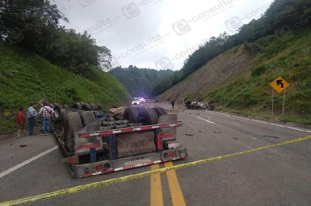 Mueren mamá e hija tras accidente en la México-Tuxpan