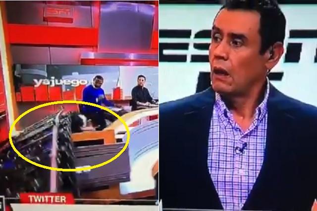 Estructura aplasta a conductor de ESPN durante programa en vivo