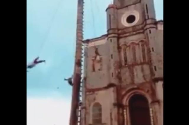 Video: captan accidente de los 'voladores' de Papantla