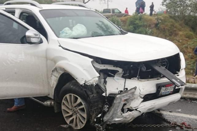 Ex alcalde de Zacapoaxtla sufre accidente en autopista
