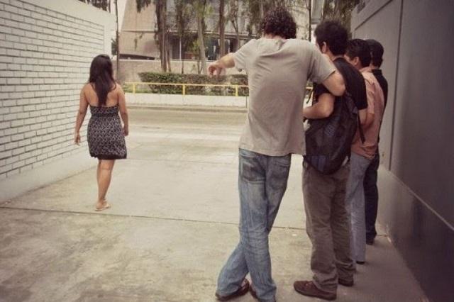 Oficial: por acoso sexual, multa de 8 mil pesos y arresto de 36 horas