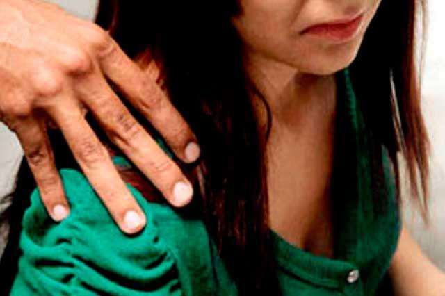 Alumnas de Secundaria Técnica 102 denuncian acoso sexual de maestros
