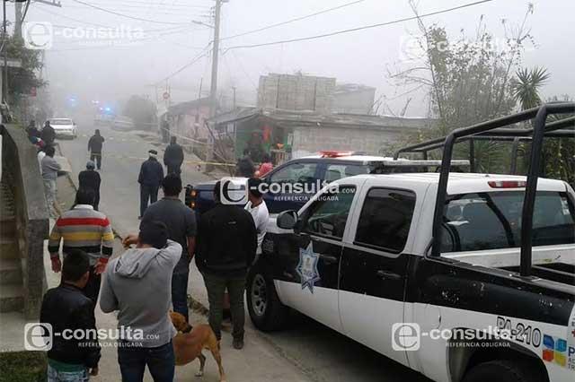 Acribillan a tres polic as que llevaban dinero de prospera for Interior y policia consulta de arma