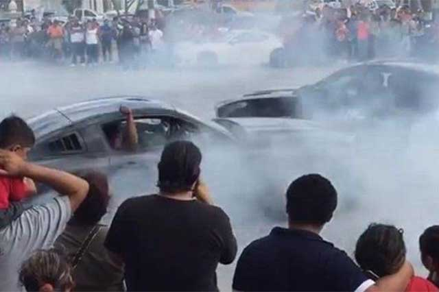 Espectáculo de acrobacias en automóvil deja un saldo de 8 heridos