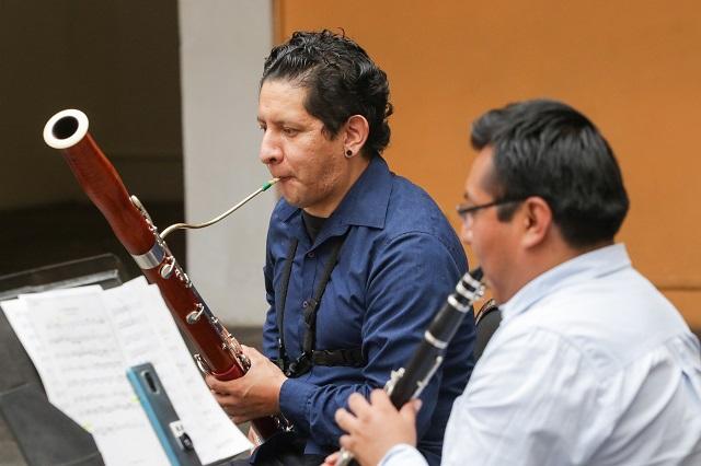 Diputado federal del PES pide subsidios para artistas en Puebla