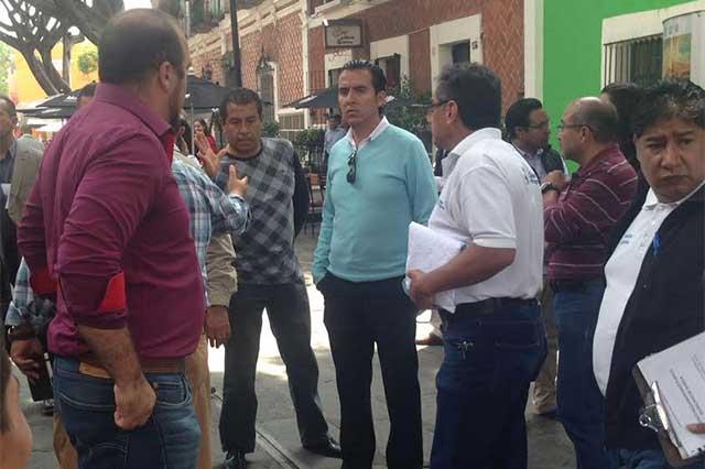 Actores, los presuntos vecinos que recibieron a EPN en Barrio del Artista