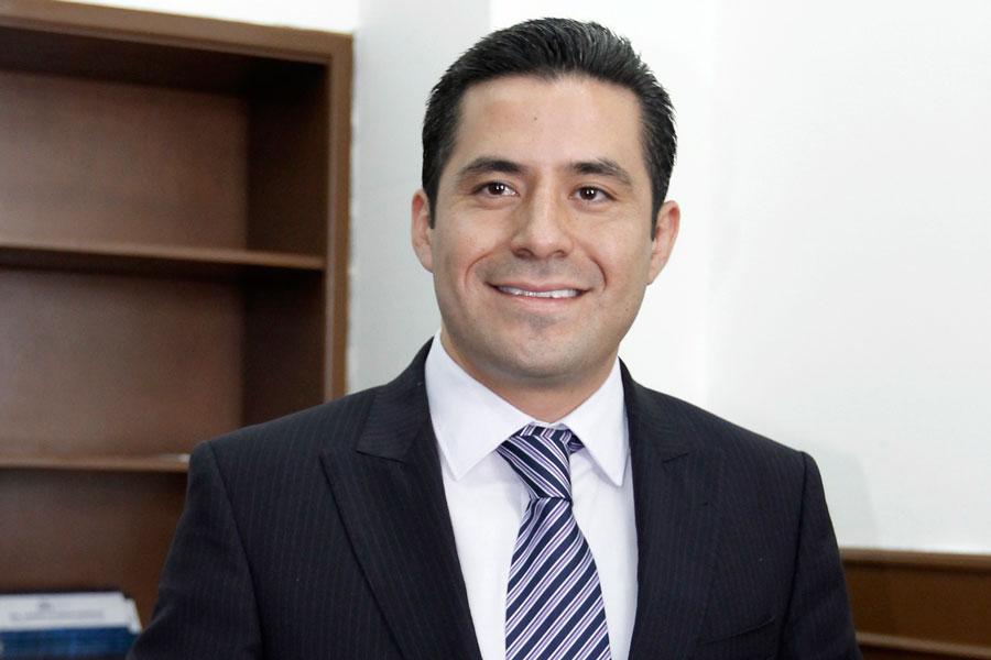 Acusan tinte político en clausura de gasolineras de Othón Muñoz