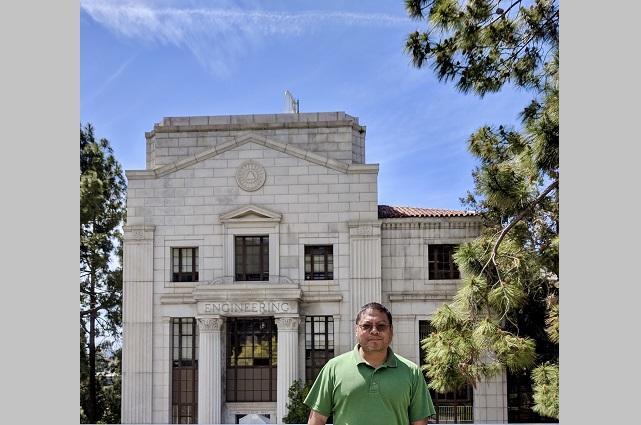 Adán Sánchez, científico con exitoso paso por la industria