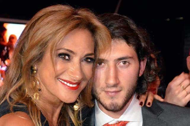 Comparten fotos del look de Adela Micha para la boda de su hijo