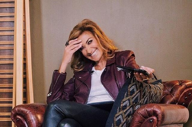 ¿Televisa prohíbe a sus artistas ir con Adela Micha?