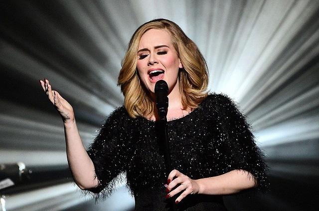 Adele confesó ser adicta al alcohol y sufrir depresión postparto