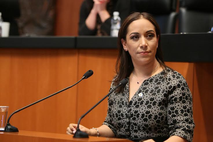 RMV es feliz con división del PAN, señala la senadora Adriana Dávila