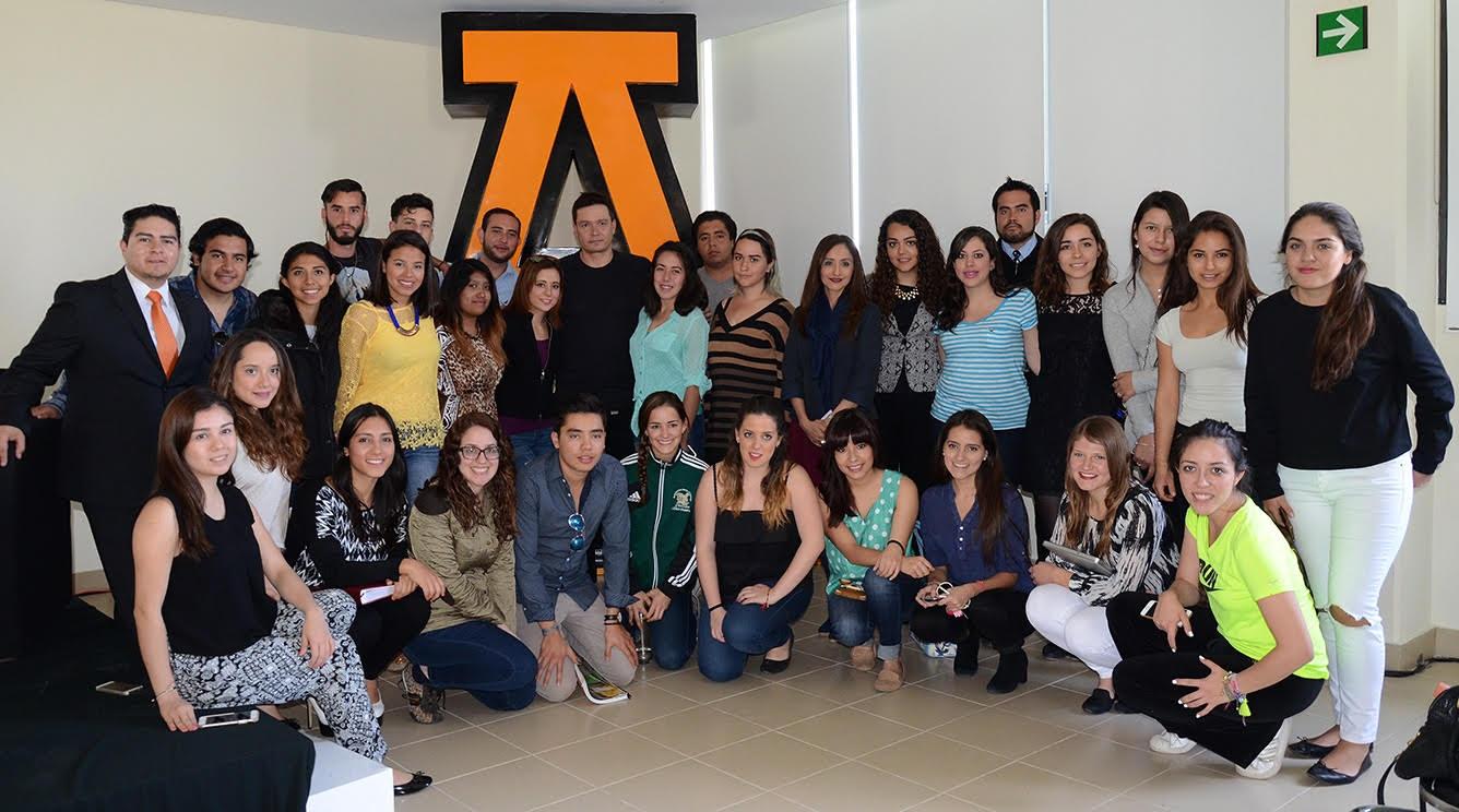 Alumnos de la Anáhuac se reúnen con el Director de Adidas México
