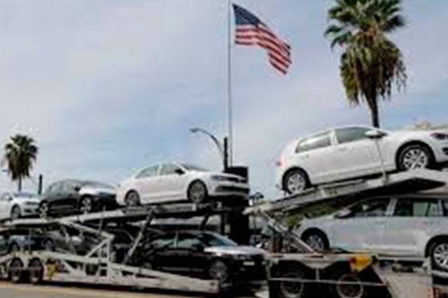 Ex empleado denuncia que VW destruye pruebas de fraude en motores