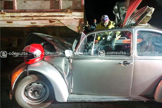 Choque deja un muerto y cuatro heridos en San Miguel Espejo