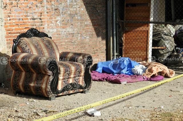 Hombre fallece junto a las vías del tren en la colonia Tepeyac