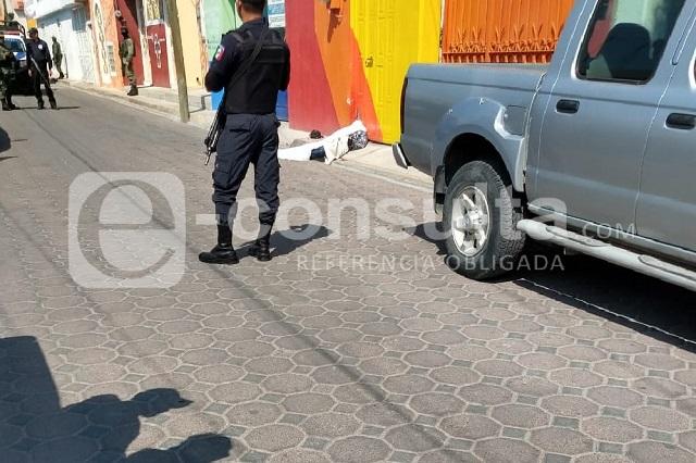 Pánico por tiroteo en centro de Acatzingo; muere un hombre