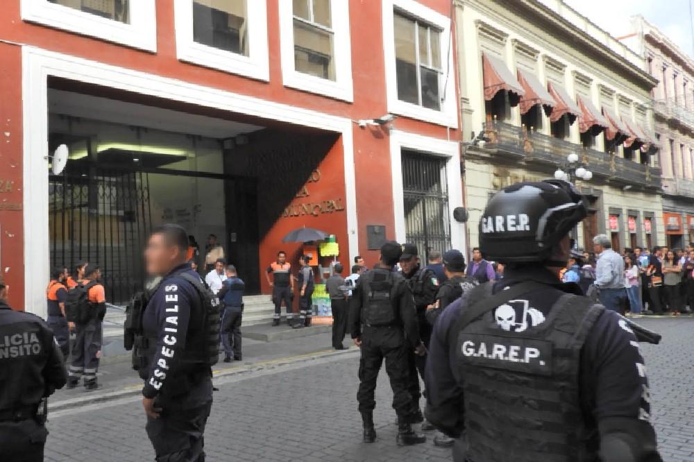 Procesan a 7 policías de Puebla por abuso policial