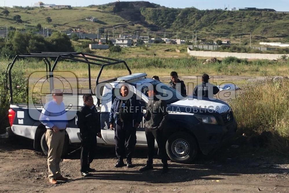 Hallan a mujer baleada en camino a Lomas de Angelópolis