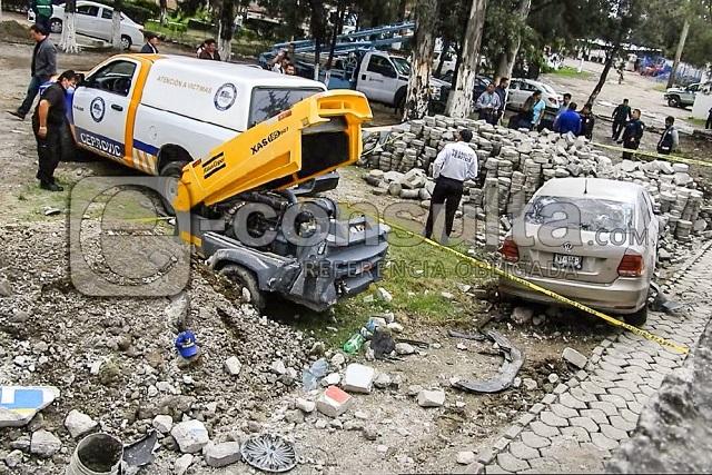 Uber derriba barda de Agua de Puebla y mata a un trabajador