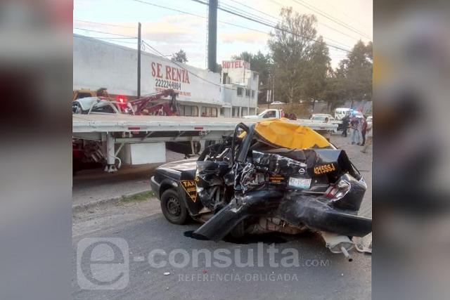 Tráiler provoca carambola y mata a policía vial en La María